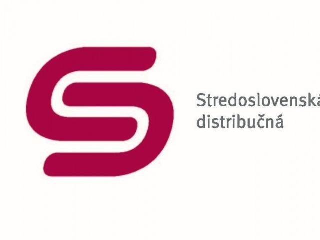 Spustenie elektrického prúdu Stredoslovenskou Distribučnou do novovybudovaných sietí