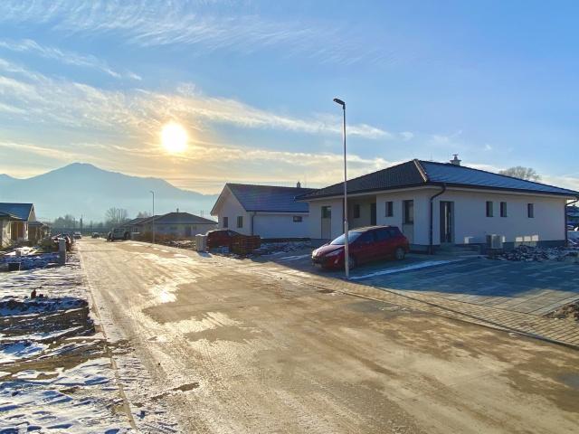 Prvé domčeky už finalizujú svoju výstavbu